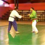 上半身に胴着を着、投げだけで行われる柔道に似たウズベキスタン発祥の格闘技【クラッシュ】のルール、費用、必要な道具など