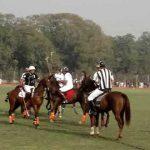 1チーム通常4人で構成され、メンバーは馬に乗りスティックで球を打つ競技【ポロ】のルール、費用、必要な道具など