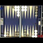 基本的に二人で遊ぶ世界最古のボードゲームとされるテーブルズの一種【バックギャモン】のルール、費用、必要な道具など