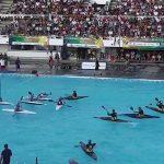 カヌーに乗って水上で行うハンドボールとバスケットボールを融合したようなスポーツ【カヌーポロ】のルール、費用、必要な道具など